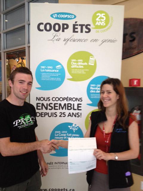 Coop remet un chèque de 1000$ au PRÉCI!